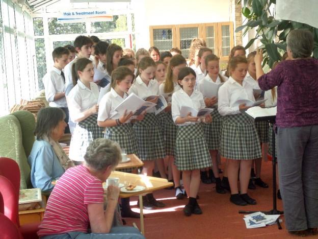 Mount Kelly Choir entertain at Chollacott House
