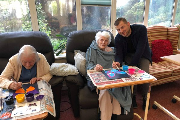 Chollacott Residents find their Creative Mojo