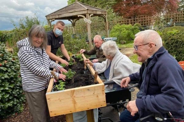 CH Gardening Club1